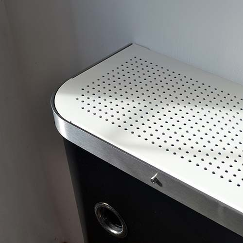 YOYO Black / White top  Radiator Cover